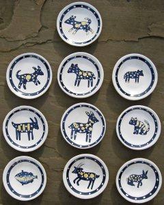animal saucers
