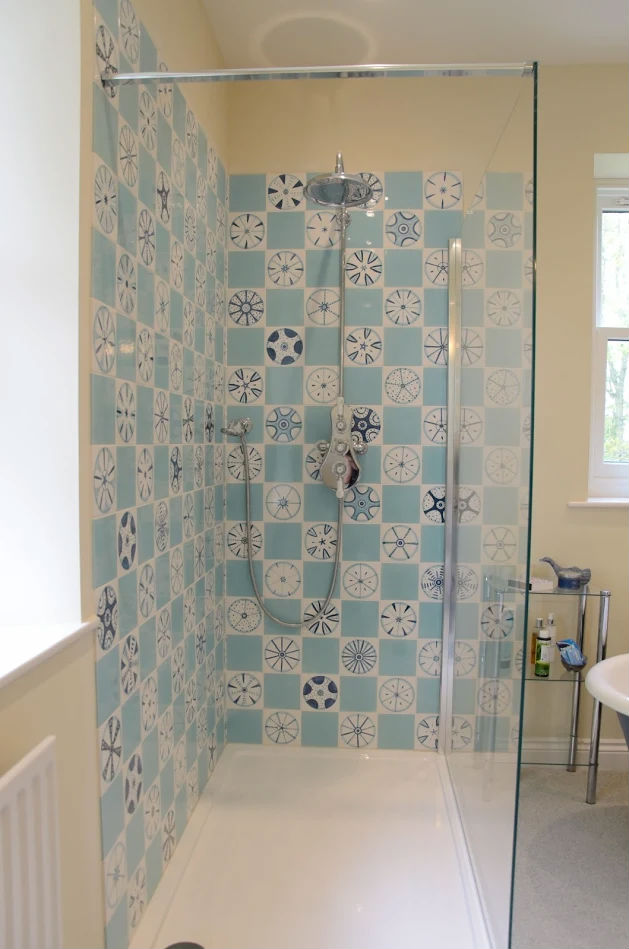 Diatom shower tiles
